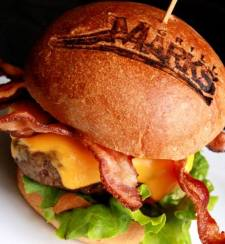 grill-marks-burger-with-cheese-and-bacon